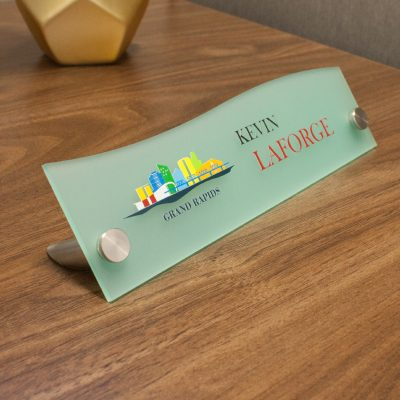 Unique Top Wave Style Frosted Acrylic Desktop Signs for Offices - Nap Nameplates